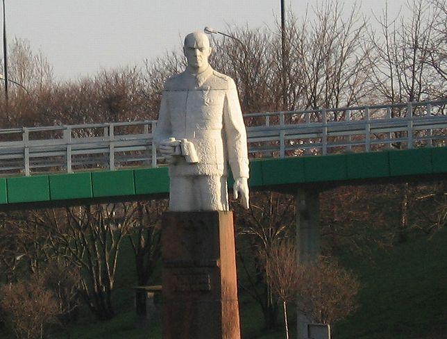 Warszawa. Pomnik gen. Berlinga trafi do Muzeum Historii Polski