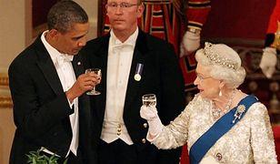 Wpadka Obamy na bankiecie u królowej