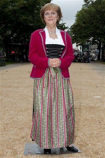 Angela Merkel jakby szczuplejsza - zdjęcia