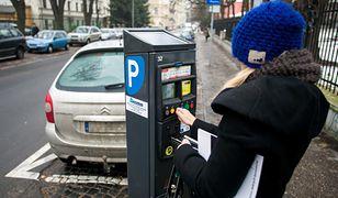 Przedawnienie wykroczeń drogowych następuje po 3 latach. Za brak opłaty parkingowej można ścigać aż przez 5 lat