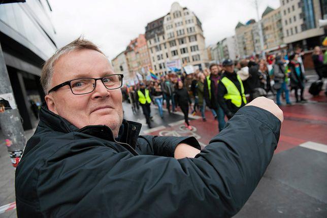 Żona oskarża senatora PiS Waldemara Bonkowskiego o przemoc i zdradę.