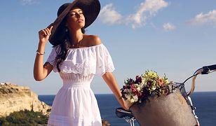 Kobiece falbany podkreślą letnią sukienkę, spódnicę lub bluzkę