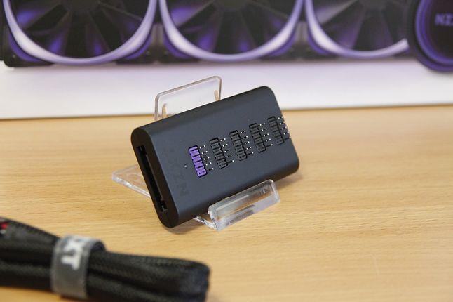 HUB od NZXT pozwala zainstalować jednocześnie 4 dodatkowe akcesoria.