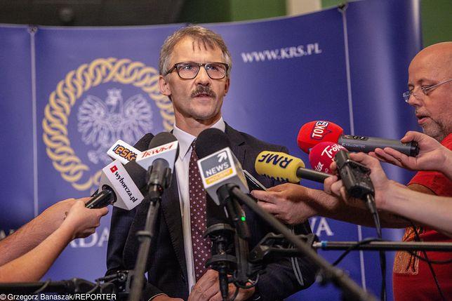 Stanowisko KRS przedstawiał jej przewodniczący Leszek Mazur