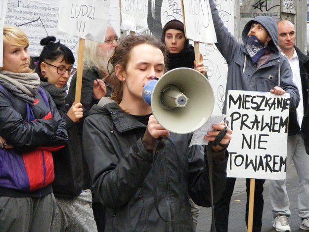 Do tej pory lokatorzy nękani przez czyścicieli kamienic pomocy musieli szukać u anarchistów i w Wielkopolskim Stowarzyszeniu Lokatorów.