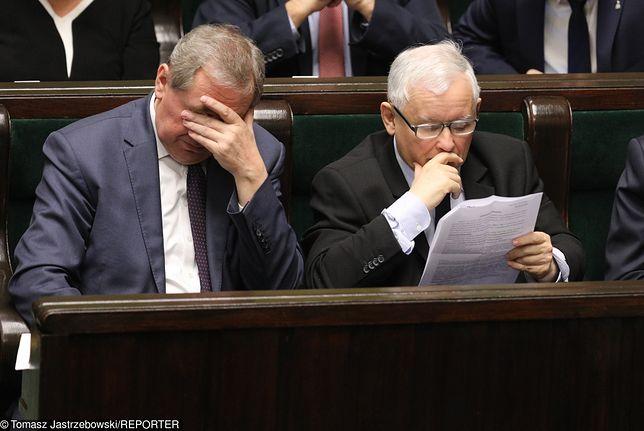 PiS przegrywa z KE w najnowszym sondażu do Parlamentu Europejskiego