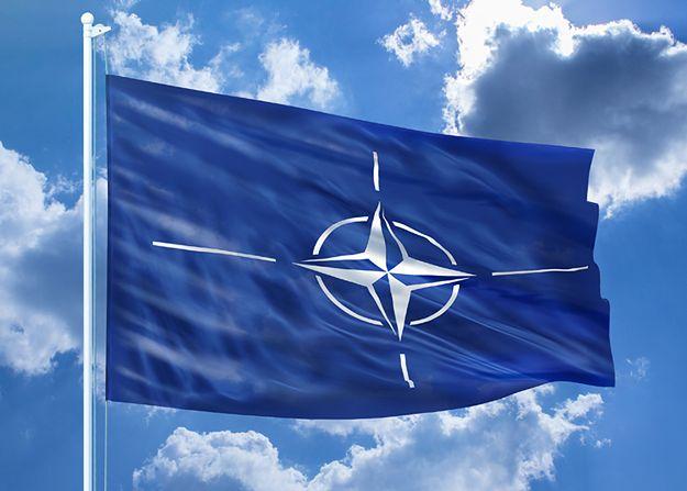Zmienią nazwę byle tylko być w NATO. Chcą przeciwstawić się Rosji