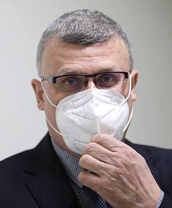 """Czwarta fala w Polsce. Drastyczne kroki potrzebne """"już teraz""""? Dr Grzesiowski nie ma wątpliwości"""