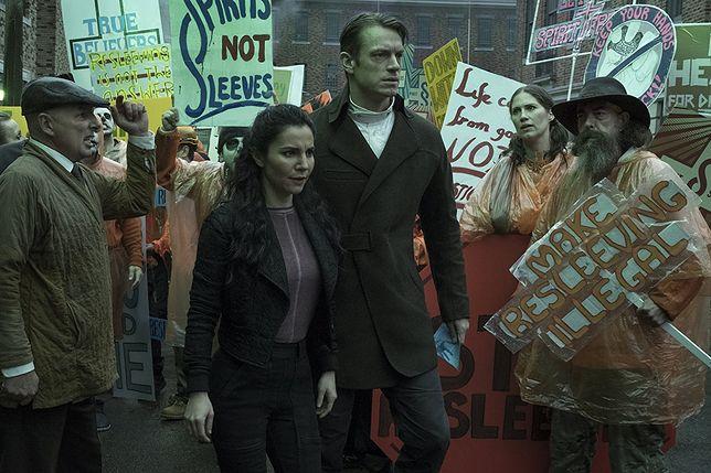 """""""Altered Carbon"""": W piątek premiera drugiego sezon. Zwiastun już w sieci"""