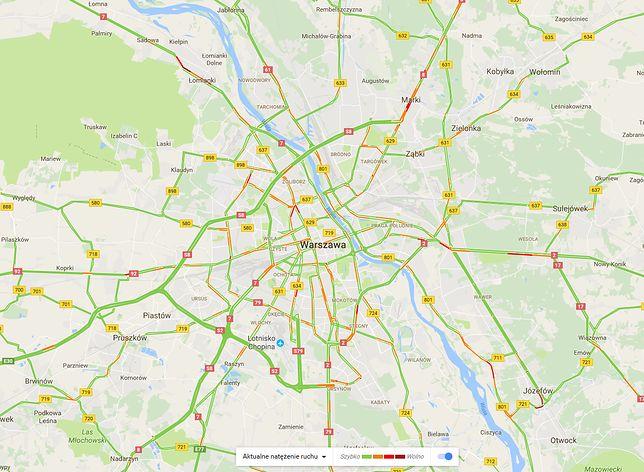 Natężenie ruchu w Warszawie chwilę po godz. 20