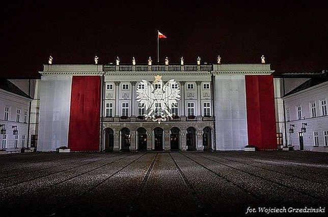 Pałac Prezydencki na biało-czerwono!