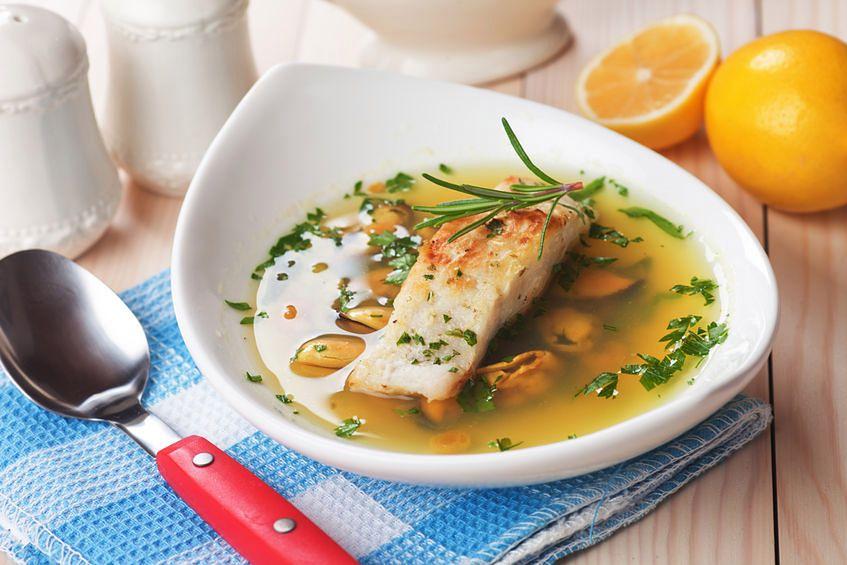 Jakie właściwości posiada zupa rybna?