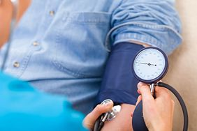 5 objawów nadciśnienia, które trudno rozpoznać