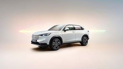 Honda HR-V e:HEV. Kolejny producent realizuje plany dot. elektromobilności