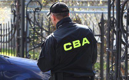 CBA zatrzymało 13 osób w związku z wyłudzeniami kredytów w SK Banku
