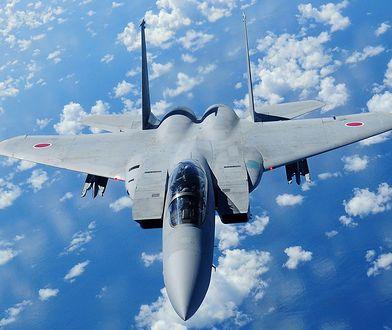 Samolot F-15 nad Polską to amerykański myśliwiec przeznaczony do działania w każdych warunkach.