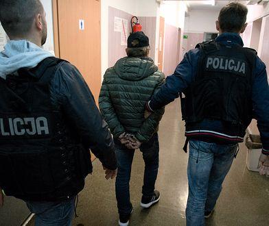 Bydgoszcz. Podszywał się pod policjantów CBŚP. Oszust zatrzymany