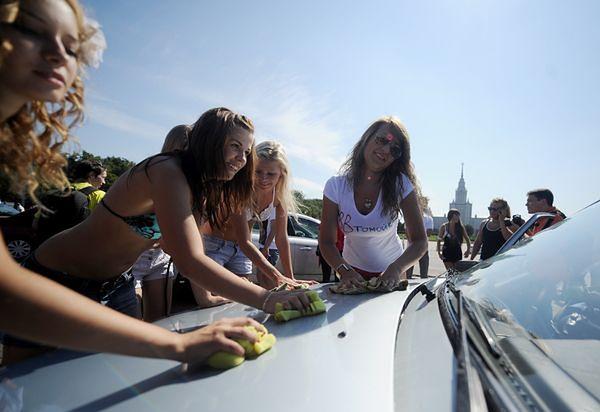Na takie akcje nie odważą się partyjne młodzieżówki w Polsce