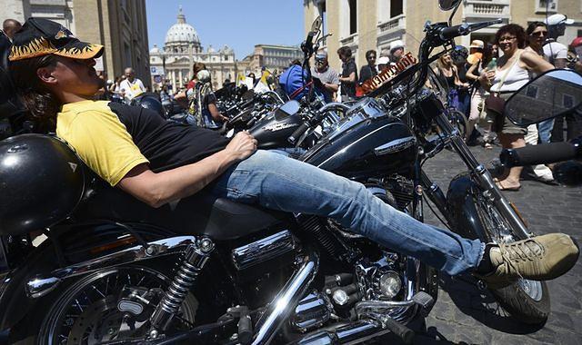 100 000 harleyowców zjechało do Rzymu