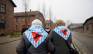 W sieci trwa antysemicka burza z powodu nieprawdziwych informacji na temat zakazu wnoszenia polskiej flagi ja teren Muzeum Auschwitz.