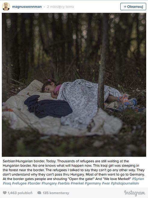 Kilkuletnia dziewczynka śpi w lesie na granicy serbsko-węgierskiej