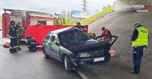 Katowice. Kierująca nissanem primera zginęła w zderzeniu z nissanem juke.