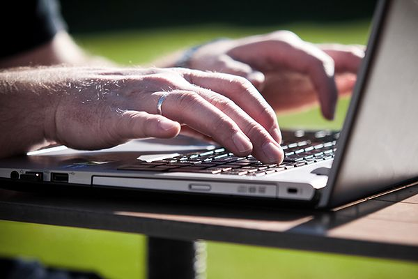 Rosja będzie gotowa odłączyć się od światowego internetu? Kreml dementuje informację