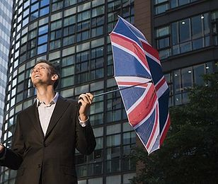 Bank Anglii nadal będzie luzował politykę pieniężną