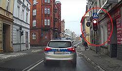 #dziejesiewmoto [308]: policja na czerwonym, Rosjanie i karetki oraz złodzieje skuterów