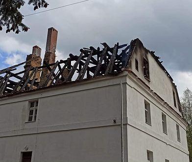 Polkowice. Rusza zbiórka na odbudowę spalonej plebanii. Potrzeba ok. 2 mln zł