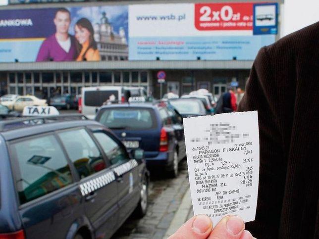 Udając cudzoziemca, za kurs z Dworca Głównego PKP do hotelu Andersia zapłaciłem 30 zł