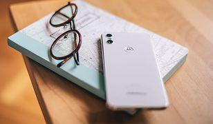 Motorola One - idealny telefon za nieduże pieniądze