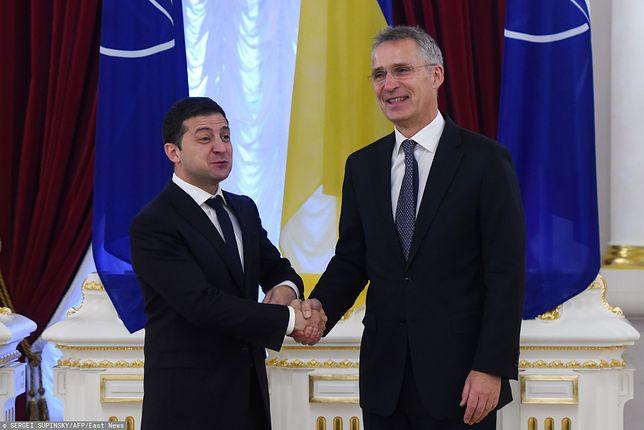 Prezydent Ukrainy Wołodymyr Zełenski oraz sekretarz generalny NATO Jens Stoltenberg.