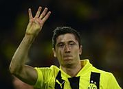 Borussia Dortmund zarabia, Lewandowski nie
