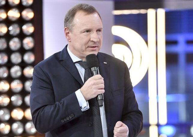 """Wynikami oglądalności """"The Voice Senior"""" podzielił się na Twitterze rozradowany Jacek Kurski"""