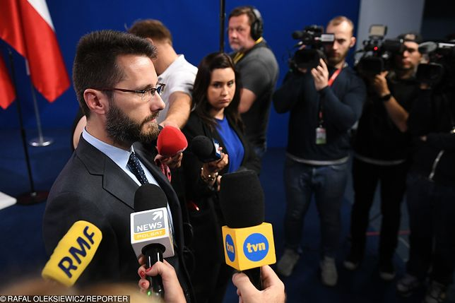 Radosław Fogiel odniósł się do słów Grzegorza Schetyny, który skrytykował pomysł organizacji defilady 15 sierpnia w Katowicach