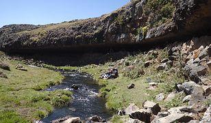Skalny nawis służył jako ochrona przed deszczem i wiatrem ludziom 30 tys. lat temu