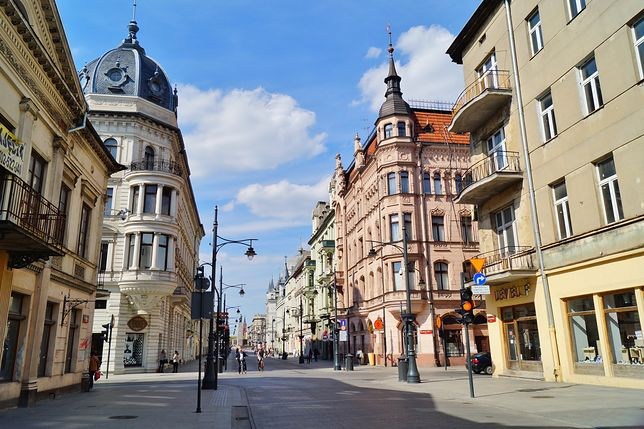 Ulica Piotrkowska to najdłuższa handlowa ulica Europy. Nic dziwnego skoro ciągnie się na 5 kilometrów