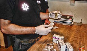 Narkotyki trzymali w drukarce