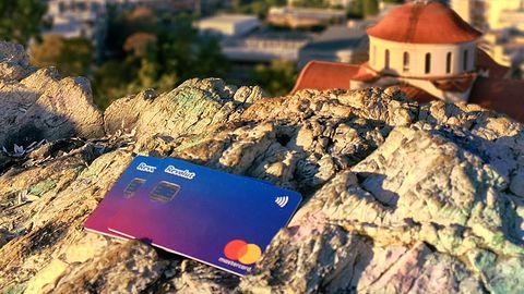 Revolut dostarcza kartę płatniczą za darmo. Warto, jeśli jedziesz za granicę