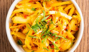Szybka sałatka z marchewki do obiadu