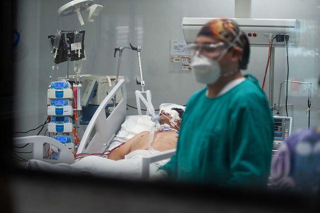 Koronawirus. Trudna sytuacja w służbie zdrowia (zdjęcie ilustracyjne)