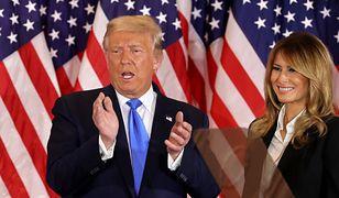"""Psychopata, manipulator i potwór"". Bratanica Donalda Trumpa napisała książkę"