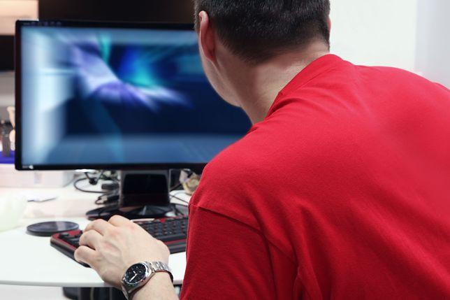 16-latek z Ząbek powiadomił służby o desperackim kroku kolegi z sieci