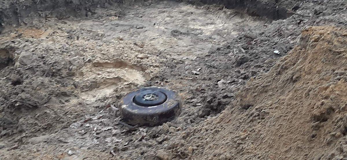 Warszawa. Na budowie znaleziono przedmioty mogące być niewybuchami
