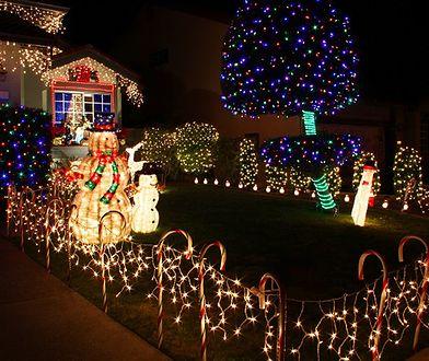 Świąteczne dekoracje zwiększają zanieczyszczenie nieba światłem