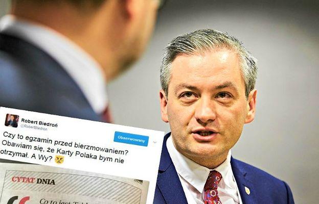 """""""Egzamin przed bierzmowaniem?"""" Biedroń oburzony pytaniami do Karty Polaka."""