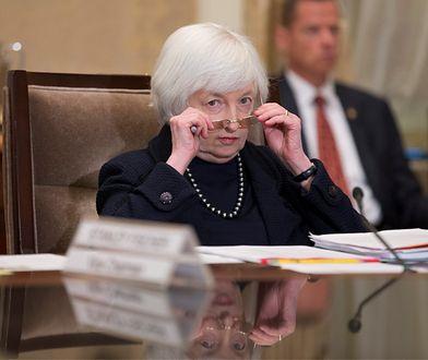 Karuzela następców Yellen wywołuje huśtawkę na walutach