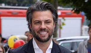 Olivier Janiak pojawił się na koncercie z rodziną
