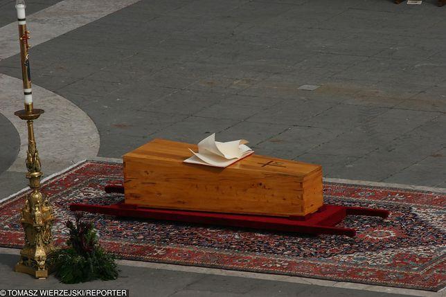 Pogrzeb Jana Pawła II obfitował w symbolikę